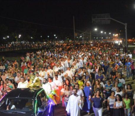 MILHARES DE FIÉIS MARCARAM PRESENÇA NA CELEBRAÇÃO DE CORPUS CHRISTI EM PALMAS